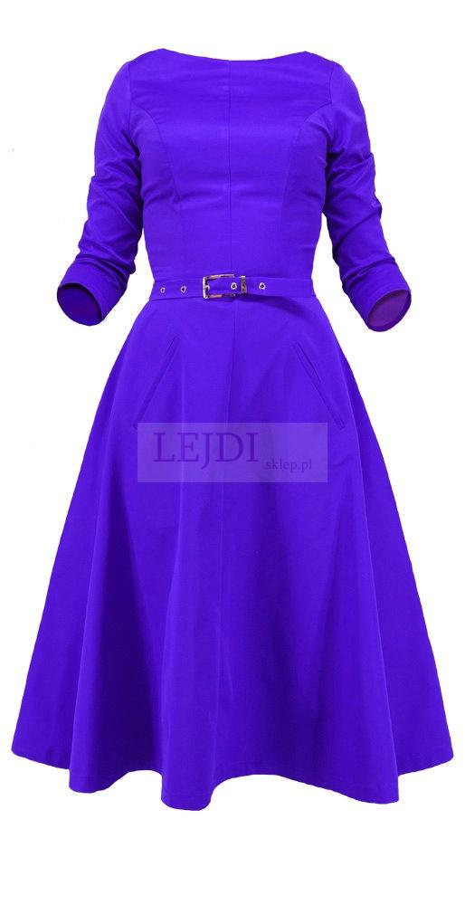 Sukienka Grace kelly. Sukienka z delikatnym paskiem w pasie w stylu retro. rekawek 3/4. Dół rozkloszowany, pienie sie układającym.