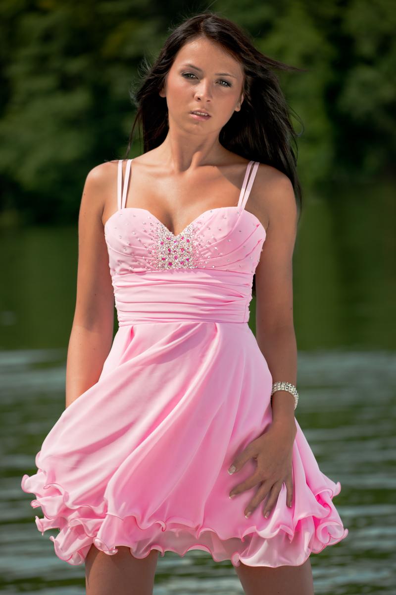 Szyfonowe sukienki dla druhen