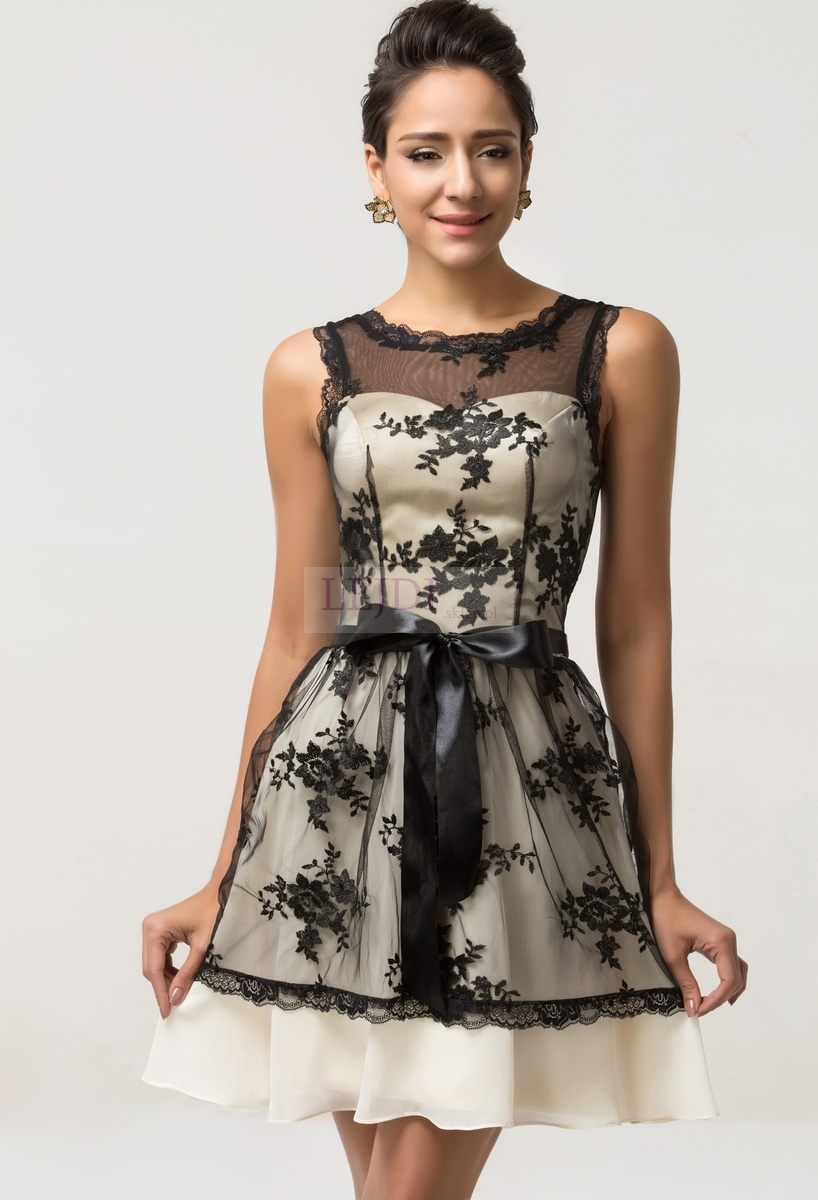 Elegancka sukienka na Święta .Sukienki na Wigilię / sukienki na Święta/ Sukienka na Boże Narodzenie