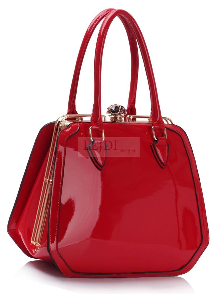 Lakierowana czerwona torebka